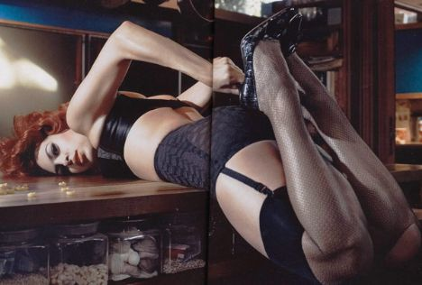 Eva Mendes Vogue'a soyundu - 34